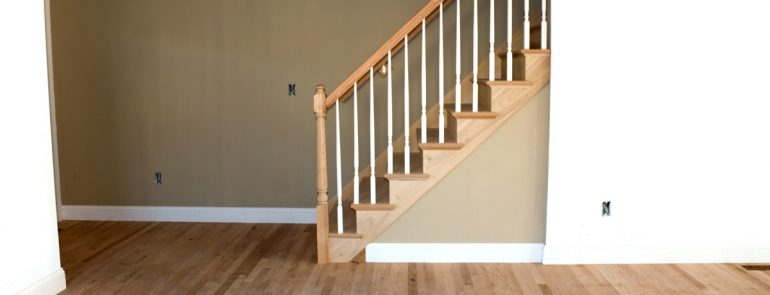 HOME ELEVATOR VS STAIR LIFT